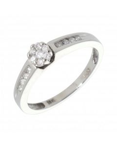 Pre-Owned 18ct Gold 0.25 Carat Diamond Cluster & Shouders Ring