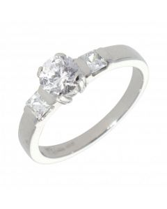 Pre-Owned 14ct White Gold Cubic Zirconia Solitair Ring