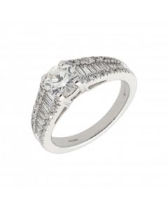Pre-Owned 18ct Gold 1.53ct Diamond Solitaire & Shoulders Ring