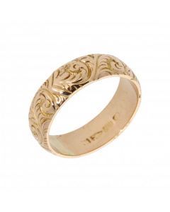 Pre-Owned 18ct Gold 7mm Scroll Patterned Wedding Band Ring