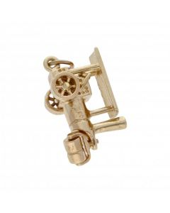 Pre-Owned 9ct Yellow Gold Steamroller Charm