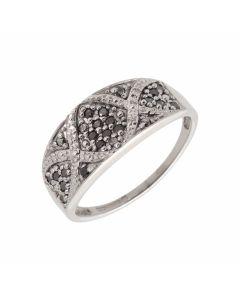 Pre-Owned 9ct Gold 0.25 Carat Black & White Diamond Dress Ring