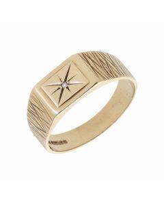 Pre-Owned 9ct Gold Diamond Set Patterned Shoulder Signet Ring
