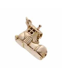 Pre-Owned 9ct Yellow Gold Opening Boot House Charm