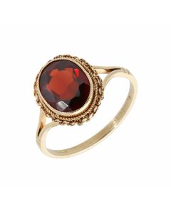 Pre-Owned 9ct Yellow Gold Oval Garnet Solitaire Dress Ring