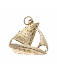 Pre-Owned 9ct Yellow Gold Sail Boat Charm