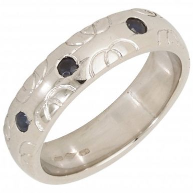 Pre-Owned Platinum Sapphire Set Patterned Band Ring