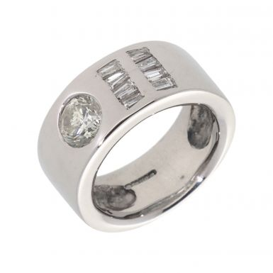Pre-Owned 9ct White Gold Mixed Cut Diamond Band Ring