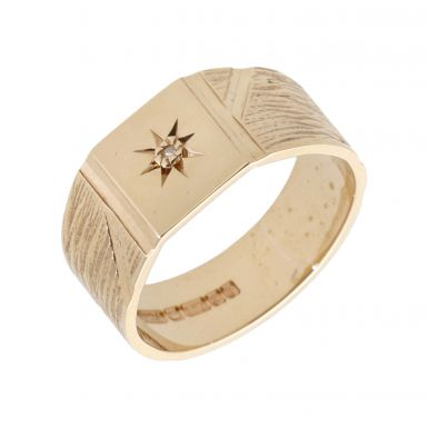Pre-Owned 9ct Gold Diamond Set Patterned Signet Style Band Ring
